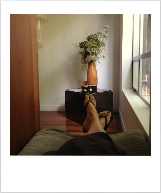 feet-001
