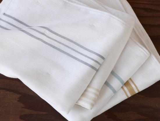 striped-muslin-burp-cloth-set