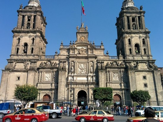 item0.rendition.slideshowWideHorizontal.top-destinations-2014-3-mexico-city