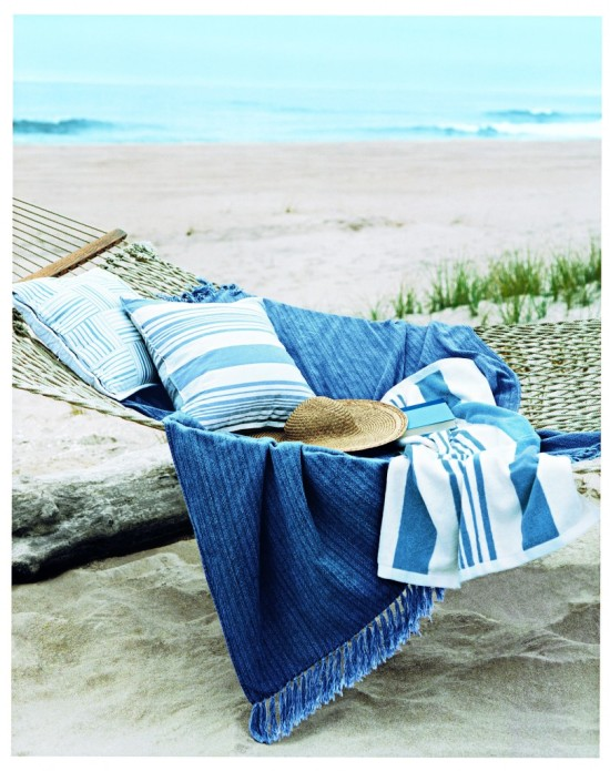 Hammock-on-beach-Oberto-Gili-Courtesy-of-Ralph-Lauren-Corporation-810x1024