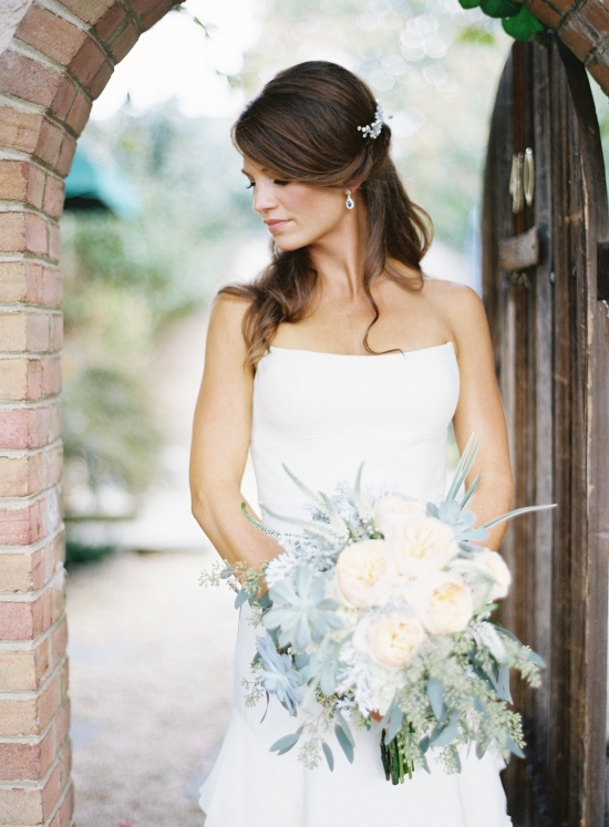 3c. brideandbouquet