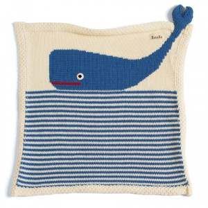 organic-baby-blankets-estella-whale-security-blanket